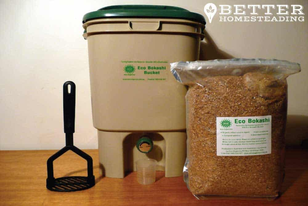 Bokashi composting bin and accessories