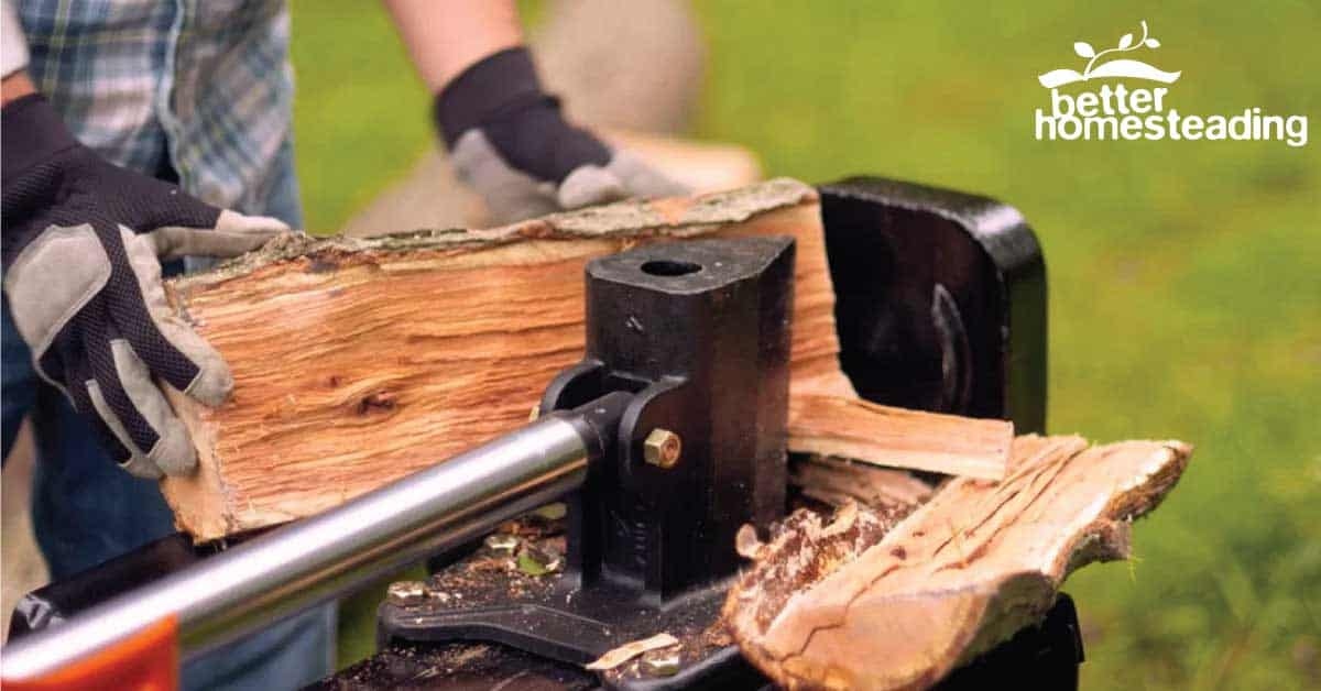 Operating A Log Splitter